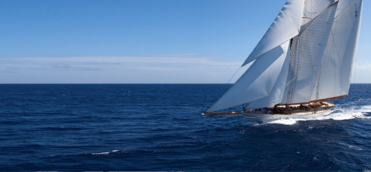 Sales Concept | AXA's Smooth Sailing Strategy
